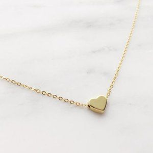 Urban Outfitters Jewelry - Heart Choker Necklace (Gold)